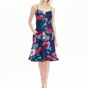Stunning blue floral special occasion dress👗🌸